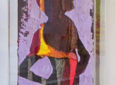 Pittoscultura 001, cm. 20X30x6, garze colorate e tecnica mista (copertura in plexiglass)